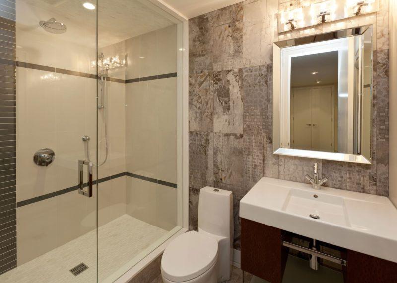 Bathroom renovation - Walker General Contractors